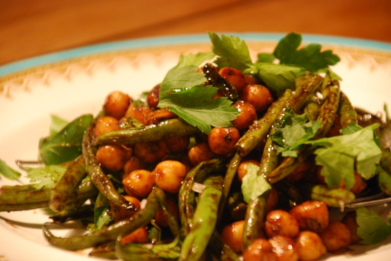 Roasted Fine Beans and Chickpeas with Tamarind
