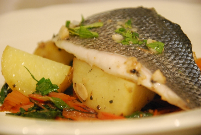 Sea Bass with Garlic and Lemon (16).JPG